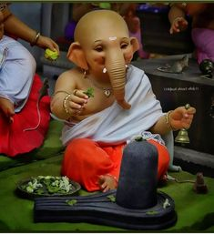 Shri Ganesh Images, Ganesh Chaturthi Images, Ganesha Pictures, Ganesh Idol, Ganesha Art, Shiva Hindu, Krishna, Lord Murugan Wallpapers, Baby Ganesha