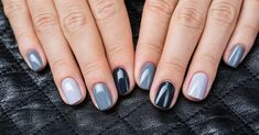 Prized by women to hide a mania or to add a touch of femininity, false nails can be dangerous if you use them incorrectly. Types of false nails Three types are mainly used. Creative Nail Designs, Short Nail Designs, Creative Nails, Nail Art Designs, Rainbow Nails, Neon Nails, Diy Nails, Design Ongles Courts, Cute Nail Colors