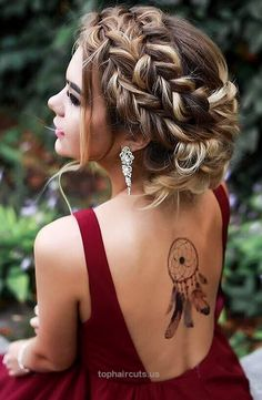 Wedding Hairstyles Medium Hair Messy French Braided Boho Updo for Prom - Need inspiration for gorgeous prom hairstyles for long hair? Don't worry, we've found 27 designs we think you might fall a little in love with. Prom Hairstyles For Long Hair, Braided Hairstyles For Wedding, Fancy Hairstyles, Gorgeous Hairstyles, Hairstyle Wedding, Hairstyles 2018, Boho Updo Hairstyles, Long Haircuts, Latest Hairstyles
