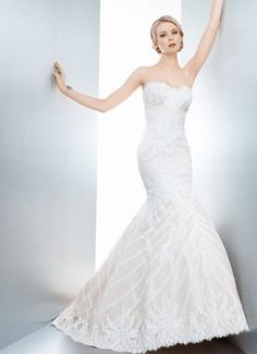 Matthew Christopher--Sofia I saw this on Say Yes to the Dress: Atlanta on a woman with an almost identical size and shape to my own and it is COMPLETE PERFECTION!!!!
