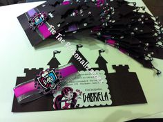 Convite castelo monster high #convitemonsterhigh #monsterhighinvite