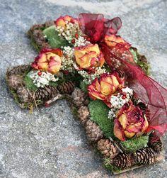 dušičková dekorace výroba - Hledat Googlem Blankets, Herbs, Wreaths, Halloween, Fall, Design, Home Decor, Autumn, Decoration Home