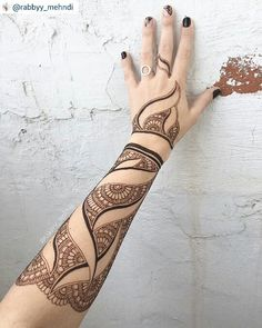 "100 Likes, 3 Comments - imehndi.com (@imehndicom) on Instagram: ""Incredible henna by @rabbyy_mehndi #repost TAG YOUR FRIEND #mehndi #henna #hennatattoo…"""