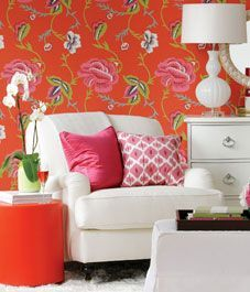 Beautiful Madeleine Weinrib wallpaper in a large-scale floral pattern