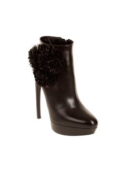 Alexander McQueen Fall 2012 Boots + Booties Shoes Accessories Index Bootie Boots, Shoe Boots, Alexander Mcqueen Shoes, Fly Shoes, Ankle Heels, Ankle Boots, Stylish Eve, Evening Shoes, Bridal Shoes