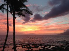Where is the longest happy hour on Maui?