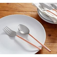 Pottery Barn Copper Handled Flatware ($32) ❤ liked on Polyvore featuring home, kitchen & dining, flatware, pottery barn silverware, pottery barn, hammered flatware, hammered silverware and pottery barn flatware