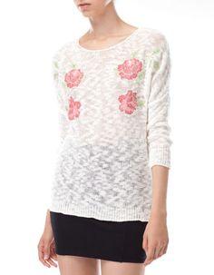 Sweter z dzianiny z kwiatowym haftem