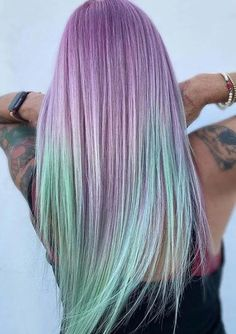 Beautiful Mint Melt Hair Colors and Highlights for Ladies in 2020 | Voguetypes Modern Hairstyles, Wavy Hairstyles, Straight Hairstyles, Hair Color Highlights, Hair Color Balayage, Color Melting Hair, Latest Hair Color, Caramel Balayage, Hair Coloring