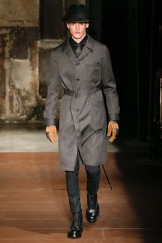 Cerruti 1881 Paris - Fall 2015 Menswear - Look 1 of 24