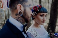 Inked-spiration Styled Shoot im Wald Crown, Tattoo Bunt, Tattoos, Style, Fashion, Pictures, Paper Mill, Garlands, Newlyweds