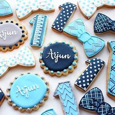Late night birthday cookie inspiration [CookieCutterKingdom Naples Plaque, Bow and Tie Cutters] Fancy Cookies, Iced Cookies, Cute Cookies, Royal Icing Cookies, Cookies Et Biscuits, Sugar Cookies, Bow Tie Cookies, First Birthday Cookies, 1st Boy Birthday