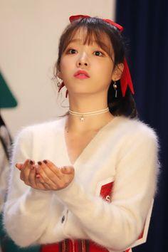 (8) Twitter Kpop Girl Groups, Korean Girl Groups, Kpop Girls, Girl Day, My Girl, Rapper, Kpop Girl Bands, Golden Child, Sweet Girls