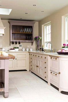 Blush pink kitchen cabinets by Chalon Pink Kitchen Cupboards, Pink Cabinets, Painted Cupboards, Kitchen Storage, New Kitchen, Kitchen Dining, Kitchen Decor, Cocinas Kitchen, Pink Room