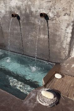 my scandinavian home- simple concrete pool fountain Garden Water Fountains, Water Garden, Pool Fountain, Wall Fountains, Fountain Ideas, Outdoor Fountains, Garden Ponds, Koi Ponds, Drinking Fountain