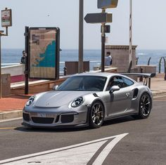Porsche 991 GT3 RS painted in GT Silver  Photo taken by: @matsbutlersphotograohy on Instagram