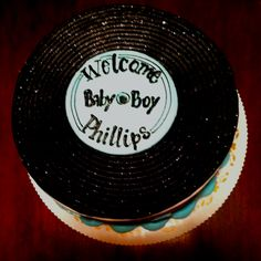 + images about Vinyl record cakes on Pinterest  Record cake, Record ...