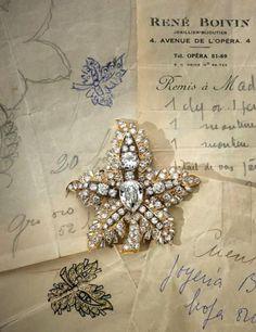 René Boivin - Broche Clip 'Feuille' - Or et Diamants Vendue en 1948 - Création des Années 30-40
