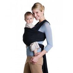 Μάρσιπος Amazonas Jersey Sling Μαύρο Κατασκευασμένο από ελαστικό βαμβακερό ύφασμα τοποθετείται στο σώμα μας αρχικά χωρίς το μωρό. Το μωρό το βάζουμε αφού έχουμε δέσει τον μάρσιπο γύρο μας και βρίσκει μόνο του την κατάλληλα θέση πολύ κοντά στην κοιλιά της μαμάς.