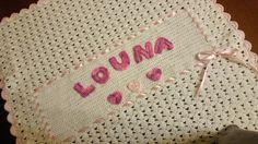 Copertina in lana personalizzata. Tecnica uncinetto.