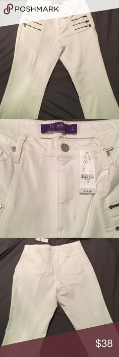 White NYC&Co leggings White, high waste NWT Jennifer Hudson SOHO jean leggings. Super comfortable New York & Company Jeans Skinny