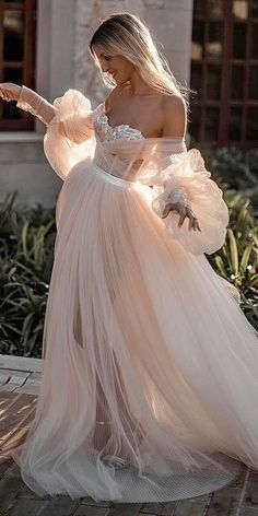 Lace off shoulder Floor Length Bridal Gown evening dress the lantern sleeve wedding dress Lace off Schulter bodenlangen Brautkleid Abendkleid die Laterne Ärmel Brautkleid – Shuiruyan Long Wedding Dresses, Designer Wedding Dresses, Bridal Dresses, Dresses Dresses, Bridesmaid Dresses, Dresses Online, Dress Wedding, Couture Wedding Gowns, Bubble Wedding Dress