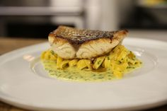Seabass with home made pasta and a classic beurre blanc. Beurre blanc is tricky to make but James has all the info you need to get it right! Fish Recipes, Seafood Recipes, Dinner Recipes, Cooking Recipes, Dinner Ideas, Seafood Dinner, Fish And Seafood, James Martin, Sea Bass