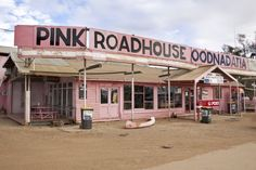 The Pink Roadhouse is one of the last stops before going into the Simpson Desert in South Australia - had more than a few drinks here during my time in SA :)