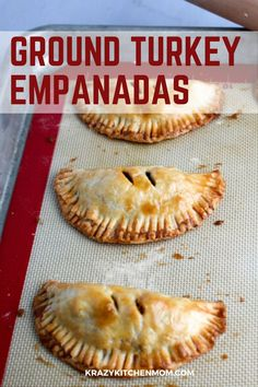Baked Turkey Empanadas Made with Jennie-O Ground Ground Turkey Breast are an easy calorie-conscious snack or quick dinner for the entire family. Unique Recipes, Easy Recipes, Potluck Recipes, Healthy Recipes, Amazing Recipes, Pie Recipes, Appetizer Recipes, Recipies, Appetizers