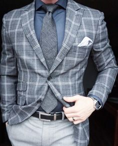 There are many kinds of men's luxury wear. But today We will talk about men's luxuries suits.Luxury wear is the hint of richness. Men's who always take care of his looks and wear, Mens Modern Clothing, Mens Clothing Styles, Mens Fashion Wear, Suit Fashion, Daily Fashion, Der Gentleman, Gentleman Style, Dapper Suits, Mens Suits