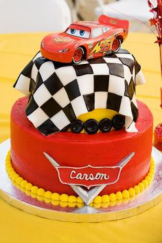 Excellent Photo of Cars Birthday Cake . Disney Cars Birthday, Cars Birthday Parties, Cake Birthday, Picnic Birthday, Gateau Flash Mcqueen, Fondant Cakes, Cupcake Cakes, Cake Fondant, 3d Cakes