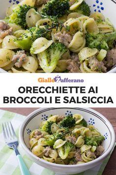 Orecchiette broccoli e salsiccia Pasta E Broccoli, Broccoli Recipes, Pasta Recipes, Cooking Recipes, Healthy Recipes, Italian Dishes, Italian Recipes, Vegan Junk Food, Al Dente