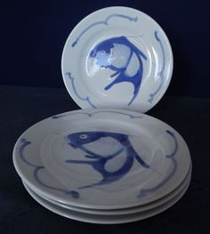 A fishy on a little dishy! 4 Blue and White 8 inch Koi Carp Fish Coupe Salad/Lunch Plate Chinese Vintage