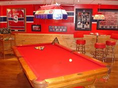 Salle de billard tricolore / Habs pool room - I need to live here Montreal Canadiens, Hockey Room, Pool Houses, Ice Hockey, Restaurant Bar, Decoration, Game Room, Rec Rooms, Pool Tables