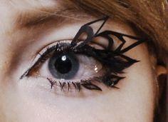 DIY paper eyelashes by ~arseniic on deviantART Feather Eyelashes, Eyelash Tips, Black Feathers, Diy Paper, Makeup Looks, Make Up, How To Apply, Deviantart, Squad