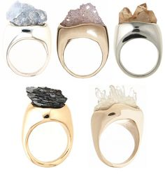 so beautiful! i love rings 'n things! especially ones made out of pretty stones.