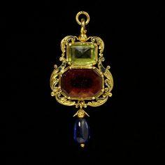 pendant, 1540-1560, English, gold, garnet, peridot, sapphire