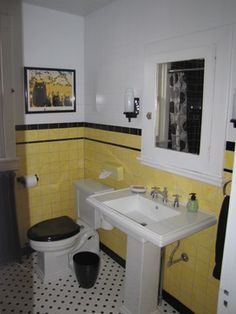 Traditional Bathroom Black and white bathroom Design Ideas, Pictures, Remodel and Decor