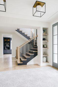 Floor Design, House Design, Modern Farmhouse Interiors, Staircase Design, Wood Staircase, My Dream Home, Home Renovation, Home Interior Design, Architecture