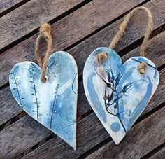 Charlotte Hupfield Ceramics – Inspired by the Natural World – Hobbies paining body for kids and adult Ceramic Pendant, Ceramic Jewelry, Ceramic Beads, Ceramic Clay, Ceramics Projects, Clay Projects, Biscuit, Ceramic Angels, Wheel Thrown Pottery