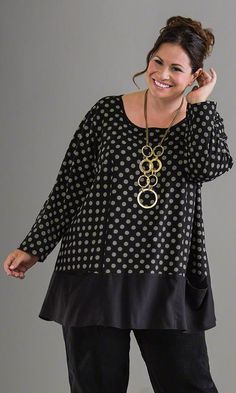 Chelsea Top / MiB Plus Size Fashion for Women / Winter Fashion / http://www.makingitbig.com/product/5023