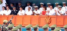 En la Macroplaza del puerto jarocho, acompañado por su esposa Karime Macías Tubilla, Duarte de Ochoa recordó que en alianza con las fuerzas de seguridad federales construyó un modelo ejemplar de combate a la delincuencia: la Fuerza Civil de Veracruz