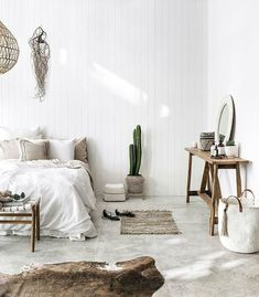Déco ethnique chic, inspirations sur Lovely Market - Olivia S. Minimalist Home Decor, Minimalist Bedroom, Minimalist Style, Home Bedroom, Bedroom Decor, Bedroom Ideas, Design Bedroom, Bali Bedroom, Bedroom Mirrors