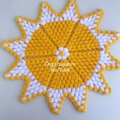 Embroidery Stitches Tutorial, Crochet Stitches Patterns, Baby Knitting Patterns, Crochet Designs, Stitch Patterns, Easy Crochet Hat, Crochet Crafts, Crochet Doilies, Crochet Flowers
