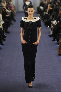 Photos of the runway show or presentation for Chanel Spring 2012 Couture Shows in Paris. Couture Looks, Style Couture, Couture Fashion, Runway Fashion, Chanel Couture, Fashion Week, Fashion Show, Fashion Design, Fashion Trends