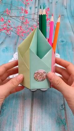 Diy Discover creative crafts let& do together # origami videos Creative handicraft Diy Crafts Hacks Diy Crafts For Gifts Diy Home Crafts Kids Crafts Creative Crafts Diy Creative Ideas Arts And Crafts Box Creative Things Easy Diy Crafts Paper Flowers Craft, Paper Crafts Origami, Paper Crafts For Kids, Paper Crafting, Diy Projects Paper, Paper Oragami, Teen Projects, Art Projects, Origami Gifts