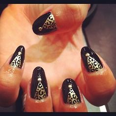 Leopard Triangles with studs by WAH gurl ebony #nails #nailart