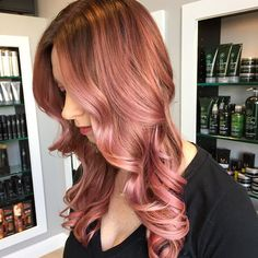 #Fbf to one of my first and favorite Rose Gold formulas! Pictures of this color have taken over Pinterest, and it is in the top five Google images for Rosegold! Thanks @aperky for being a beautiful model
