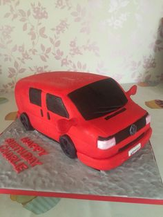 VW t4 van cake Boy Cakes, Cakes For Boys, 6th Birthday Cakes, Silly Love, Vw T, Celebration Cakes, Campervan, No Bake Cake, Cake Designs