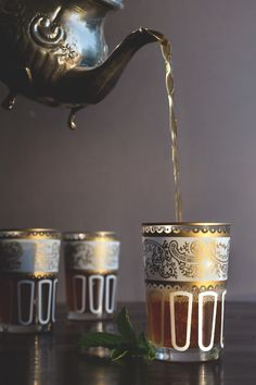 Moroccan Mint Tea // HonestlyYUM